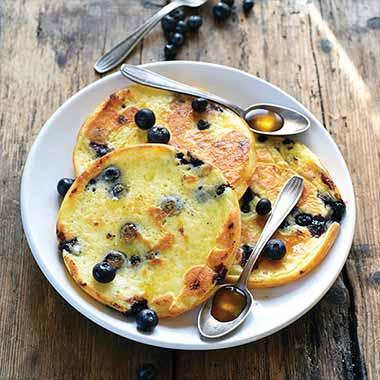 Gluten-free-bluberries-pancakes-plancha-eno